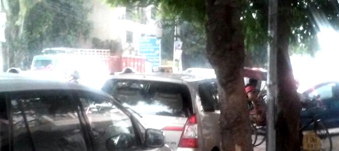 दिल्ली में बढ़ते ट्रैफिक जाम से छुटकारा कैसे पाएं