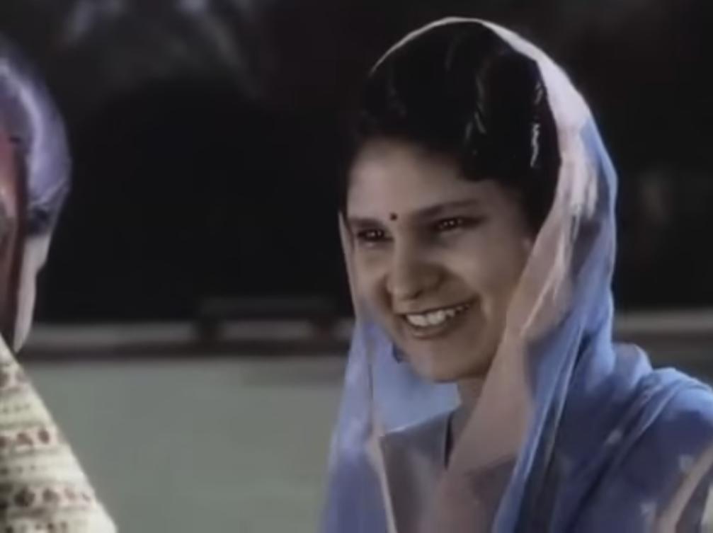 delhi-in-1930-red-fort-visitors-2
